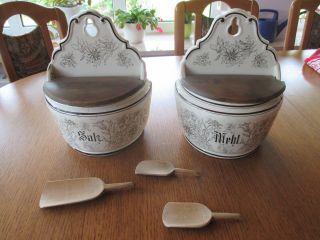 Altes Keramik Voratsbehältnis Für Die Wand.  Sehr Dekorativ.