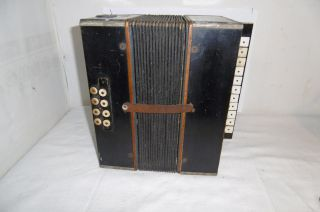 Altes Akkordeon (keine Neuware) Bild