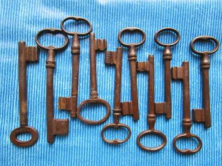 10 Antike Schlüssel Bild
