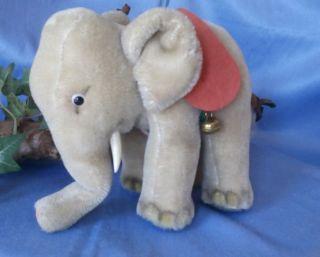 Ein Alter Steiff Elefant,  16 Cm Hoch / Steiff Old Elefant,  16 Cm High Bild