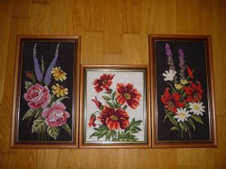 3 Gerahmte Gobelin / Stickbilder.  Blumenmotive Bild