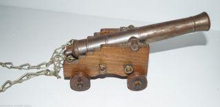 50 Jahre Alter Nachbau Schiffskanone Kanone Jukar Old Ironside Bild