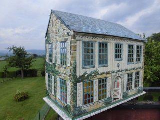 RaritÄt Orig.  Wunderschönes Riesiges Blech Puppenhaus Mit 5 Zimmern Um 1920 Bild