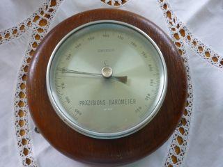 Präzisions - Barometer Von