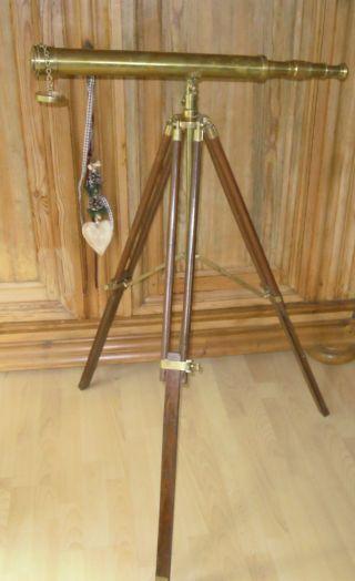 Vintage Messing Teleskop Fernrohr Fernglas 74cm Mit Stativ Messing / Holz 115cm Bild