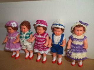5 Aripüppchen Mit Neuer Kleidung Puppenstube Puppen Bild