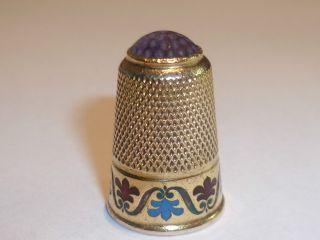 Antiker 585 Er Goldener Fingerhut Mit Emaille Und Edelstein,  5,  5 Gramm,  Für 1 Tag Bild
