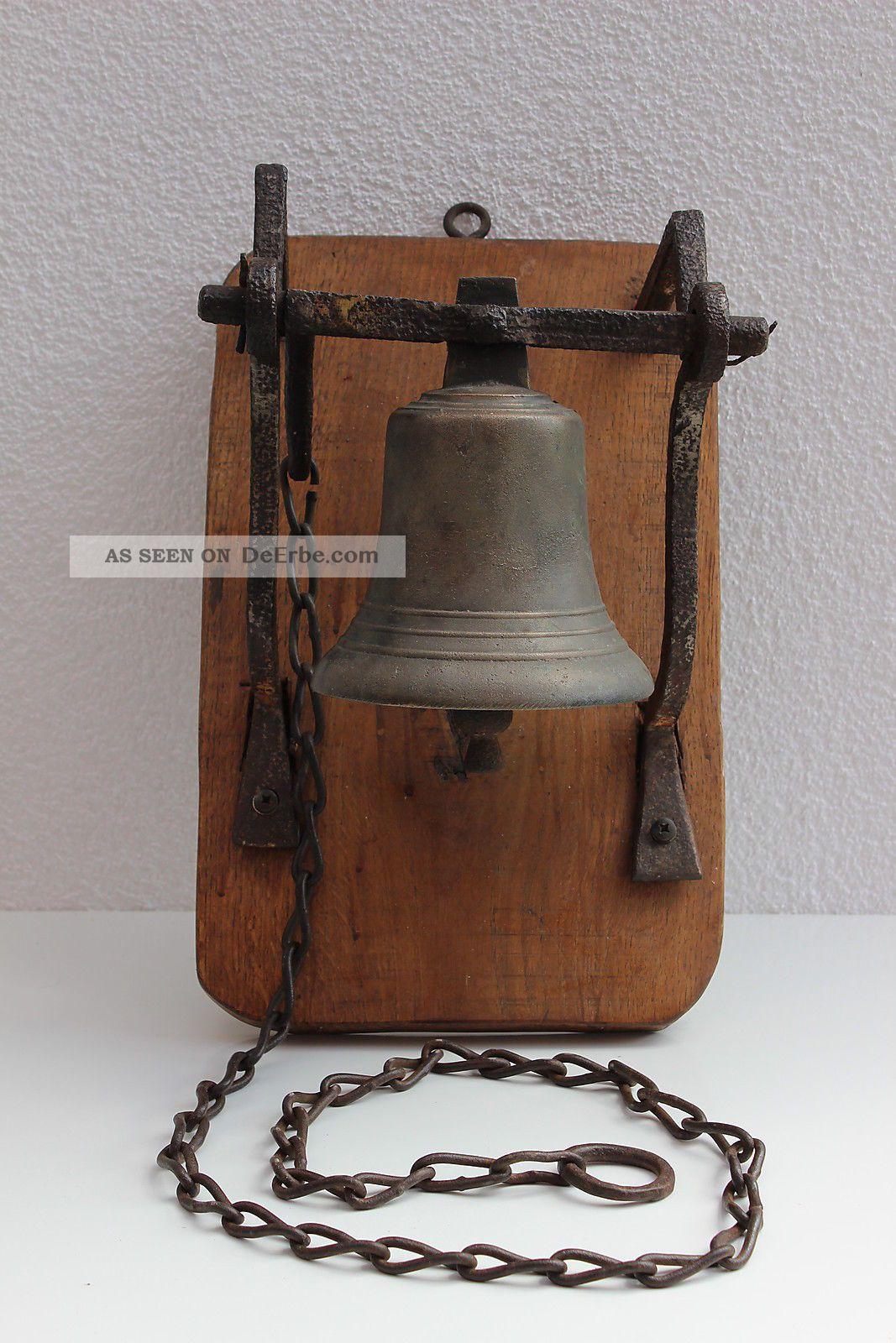 Hof - Glocke Mit AufhÄngung Und Kette - 19 Jhdt - Antike Bild