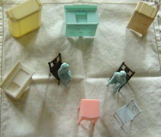 Kleine Puppen - Stube Wahrscheinl.  Aus Bakelit Made In Usa Bild