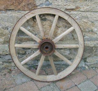 Alt Wagenrad / Holzrad / Handwagenrad / Rad / Handwagen / Durchmesser 44,  5 Bild