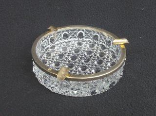 Alter Aschenbecher Pressglas,  Metall