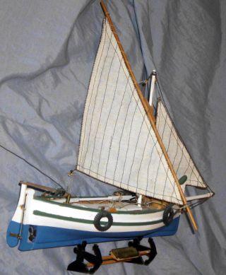 Altes,  Hangefertigtes Schiffsmodell Der