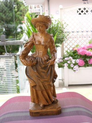 Holzfigur - Heiligenfigur - Allegorie Sommer - Magd/frau Mit Obst - Geschnitzt - Deko Bild