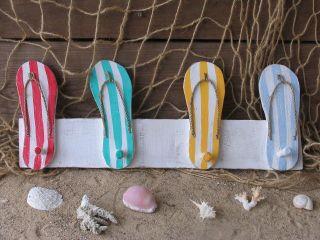 Garderobe Garderobenhaken Badelatschen Bild