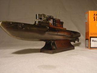 Für Sammler - Metall Tisch Feuerzeug In Form Einer Deutschen U - Boot Spätes 20.  J Bild