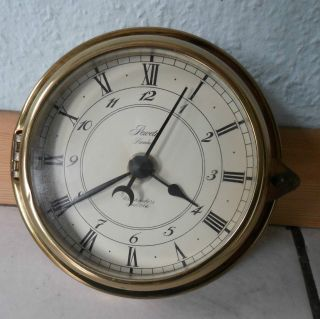 Peweta Hamburg Watchmakers 1904,  Schiffsuhr,  Messing Quarz - Uhr,  Maritim 1979 Bild