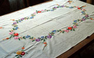Wunderschöne Tischdecke - Bestickt - Reine Handarbeit - Antik Bild