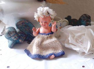 Sehr Alte Puppenstubenpuppe - Celluloid Puppe - Christel Von Schildkröt 12 1/2 Bild