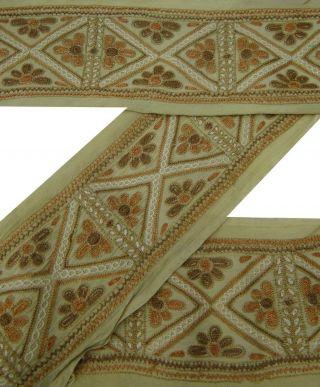 Weinlese Sari Border Antique Beige Gestickte Handwerk Indischen Trim Band Schnür Bild