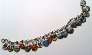 Armband Mit 20 Wappen Silber Bracelet With 20 Travel Charm Europe Silver Vintage Bild