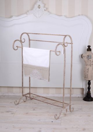 Handtuchhalter Shabby Handtuchständer Metallständer Eisenständer Einzelstück Bild
