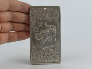 Collectible Decorated Old Tibet Silver Handwork Carved 12 Zodiac&tiger Pendant Bild