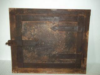 Uralte Backofentür Ofentür Vom Hausbackofen - Backofen - Tür - Ofen Bild