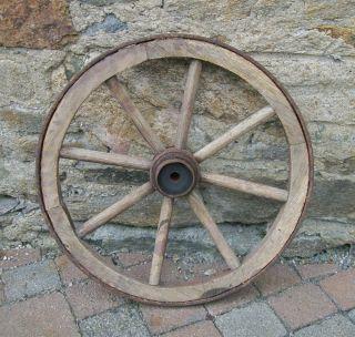 Alt Wagenrad / Holzrad / Handwagenrad / Rad / Handwagen / Durchmesser 47cm Bild