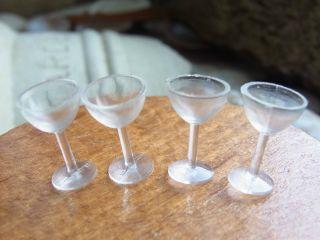 Wein - Gläser Plastik 60er Jahre Für Die Puppenstube 1:12 Vintage Bild
