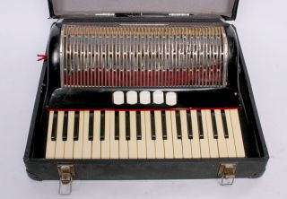 Akkordeon Cantulia Sonatina 96 Bässe Ca.  Um 1940 Bild