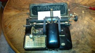 Antike Schreibmaschine Mignon Bild
