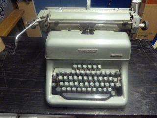 Alte Schreibmaschine Von Torpedo 50 Jahre Alt Bild