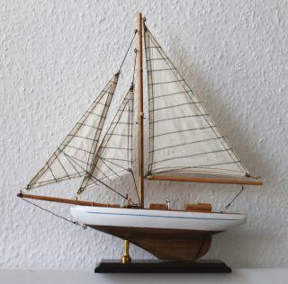 Segelyacht Modell 33x35cm Weiß - Natur Edles Holz Und Textilsegel Boot Schiff Bild