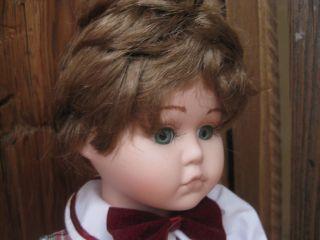 45cm Oma Porzellan Puppe Bub Junge Mit Mütze Und Patina Porzellanpuppe Alt Bild