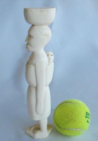 Naive Afrikanische Figur,  Feine Beinarbeit,  Fine Bone,  21,  5 Cm,  265 G Bild