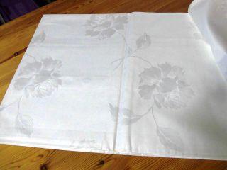 Damast - Bettbezug,  Weiß,  158 X 195 Cm,  Einwebmuster: Blumen,  Unbenutzt Bild