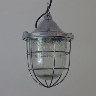 1von2 Alte Industrielampe.  Fabriklampe Bunkerlampe Vintage Industrial Lamp 50er. Bild
