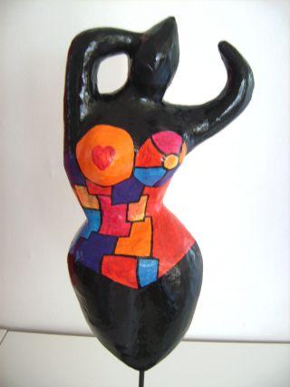 Tolle Große Nana - Hommage An Niki De Saint Phalle - Skulptur - Frau - Deko 6 Bild