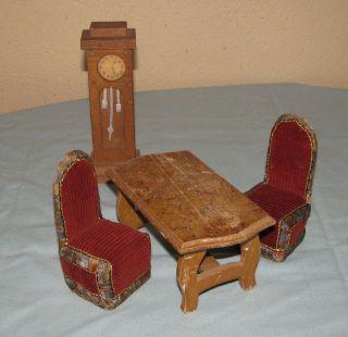 Alte Möbel Sitzgarnitur Standuhr Wohnzimmer Puppenstube Puppenhaus Bild