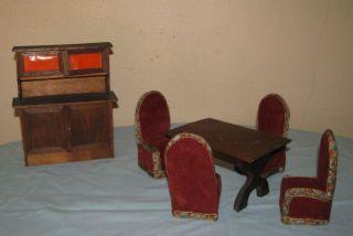 Alte Möbel Sitzgarnitur Schrank Wohnzimmer Puppenstube Puppenhaus Bild