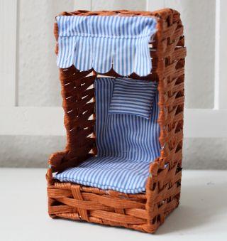 Mini Deko Strandkorb 17cm Braun Draht Und Bast Puppenstuhl Bild