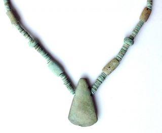 - Ancient Precolumbian Jadeite Necklace W Axe Pendant,  Costa Rica Bild