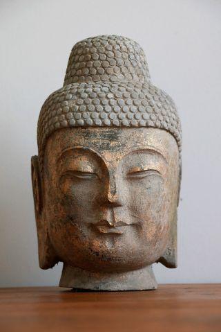 Buddha Kopf Steinbuddha Skulptur Aus Stein Granit Mit Goldfassung Antik Asien Bild