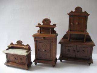 3 Alte Puppenstubenmöbel - Büffetschranck,  Vertiko Und Kommode Bild
