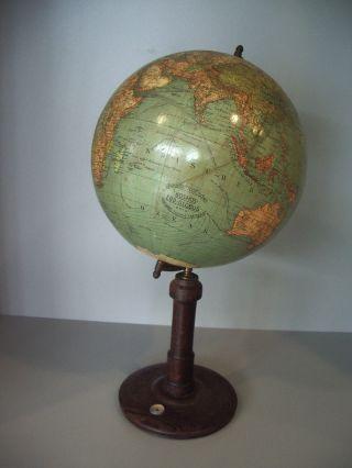Erd - Globus,  Kosmos / Stuttgart,  Antik 20.  Jahrhundert,  Wirtschaftspolitisch Bild