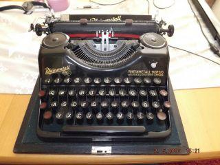 Alte Schreibmaschine Um 1945 Im Koffer Bild
