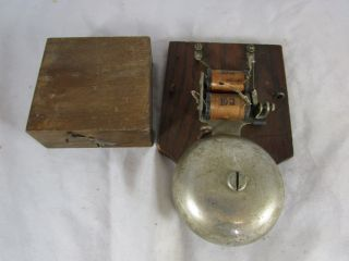 Uralt Türklingel Messing Türglocke Türgong Um 1920 Elektifiziert Spule Bild