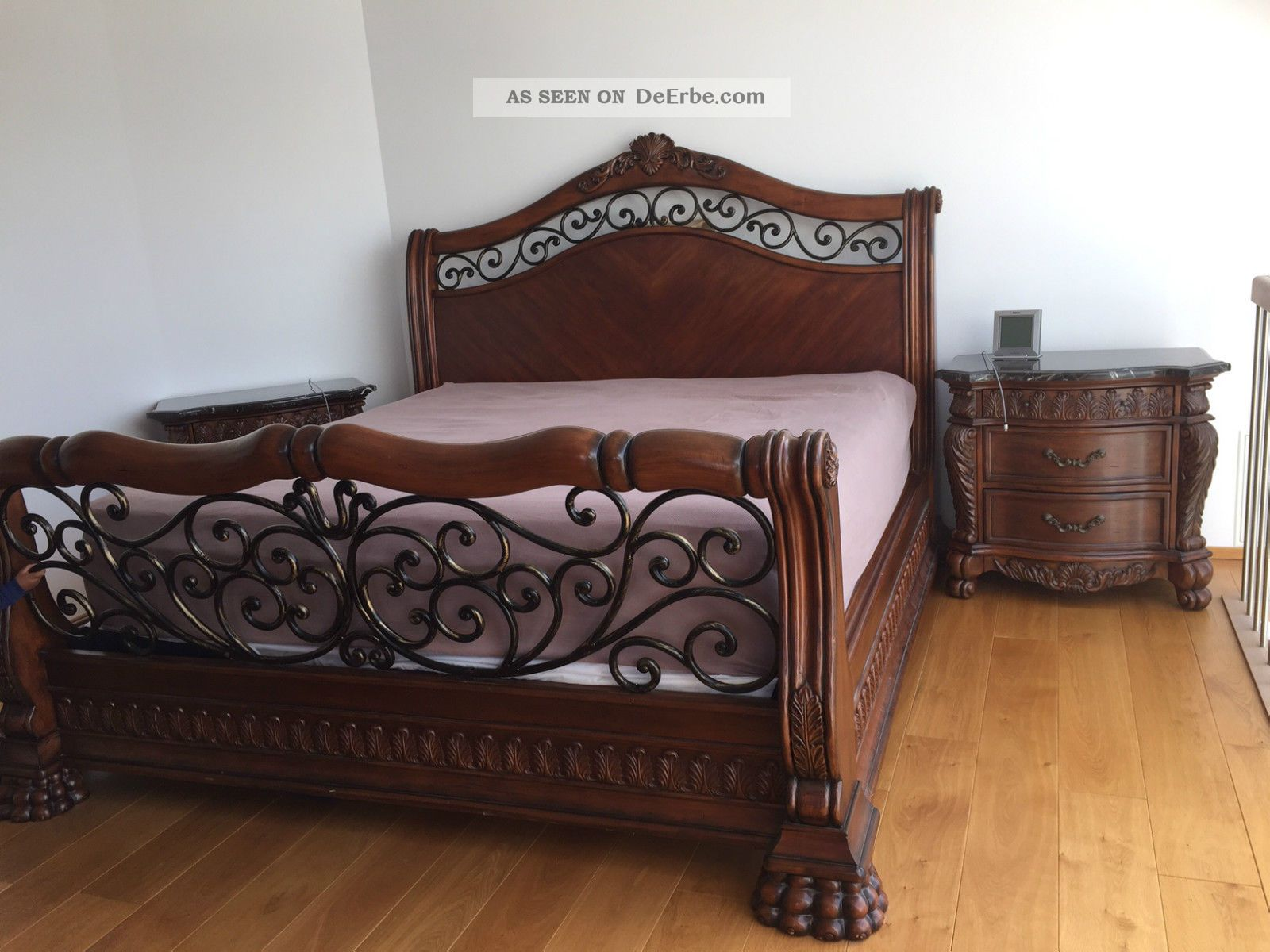 king size bett mit boxspring matratze und zwei. Black Bedroom Furniture Sets. Home Design Ideas