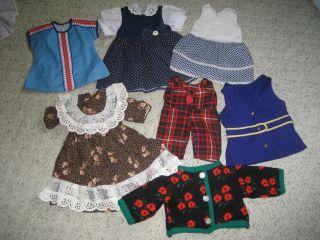 Alte Puppenkleidung,  Mehrere Teile Bild