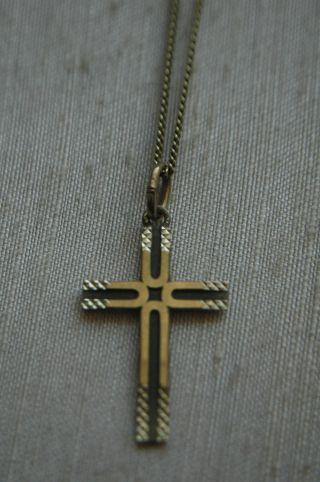 Kreuz Und Kette In 333 8karat Gelbgold Gold Kette Goldkreuz Anhänger Bild